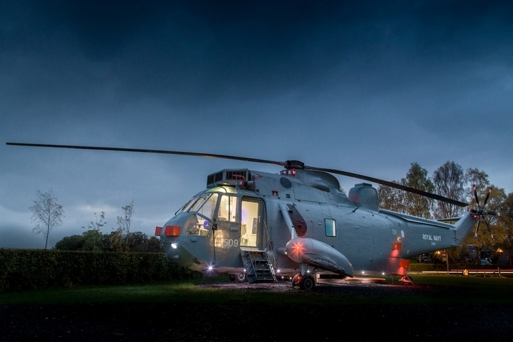 helicopter-glamping-1