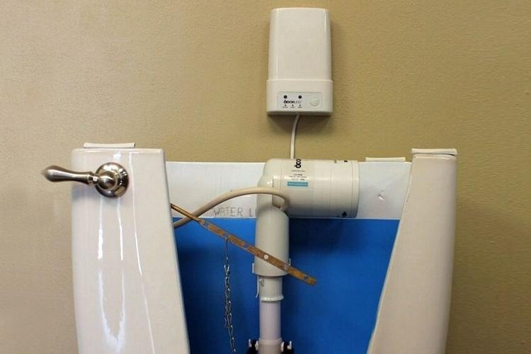 odorless-toilet-fan-2