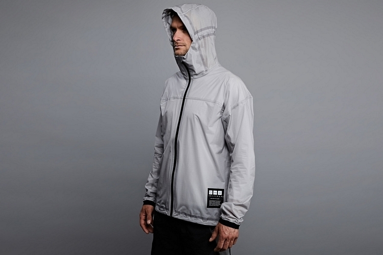 vollebak-solar-charged-jacket-2