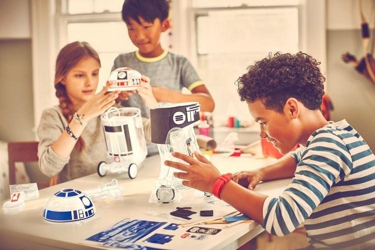 littlebits-star-wars-droid-inventor-kit-3