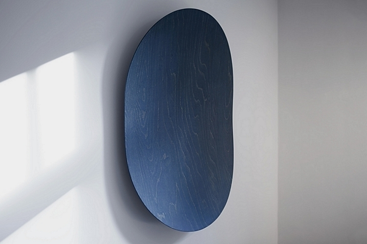 room-one-surface-speaker-1