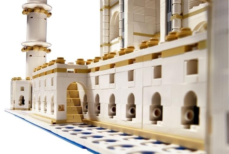 LEGO-creator-expert-taj-mahal-3