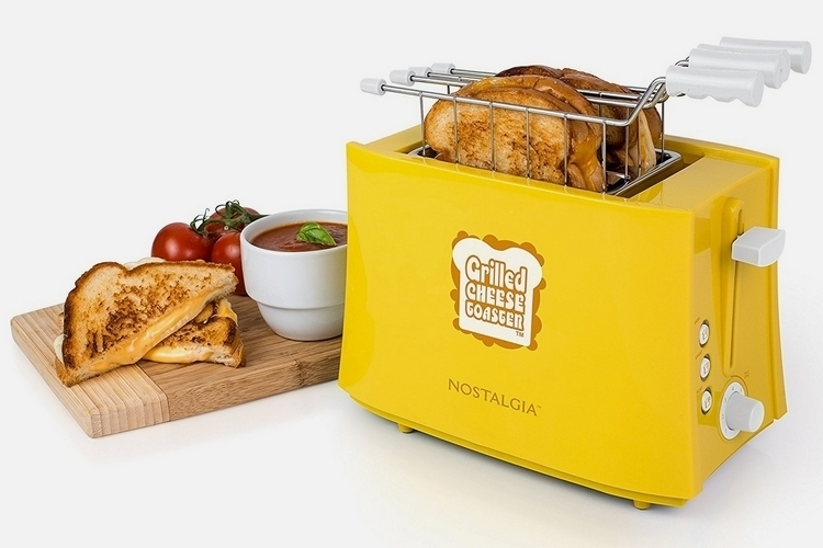 nostalgia-grilled-cheese-toaster-1
