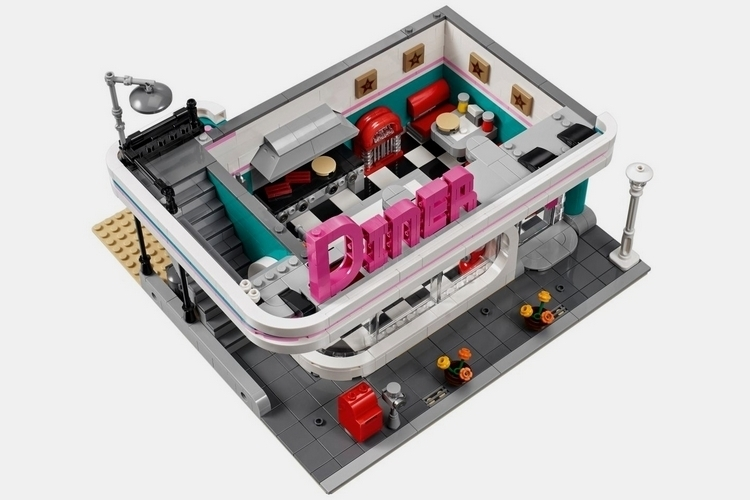 lego-creator-expert-downtown-diner-2