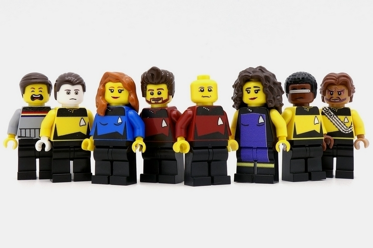 minifigsme-star-trek-new-generation-minifigs-2