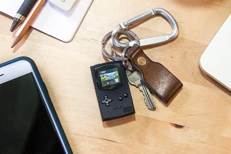 pocketsprite-keychain-game-console-2
