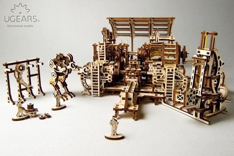 ugears-robot-factory-1