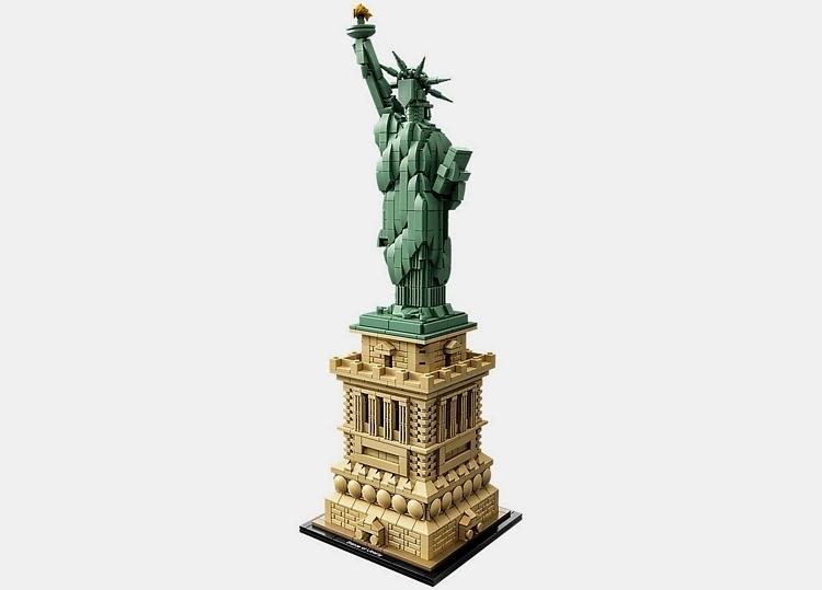 LEGO-architecture-statue-of-liberty-1