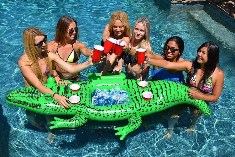 gofloats-giant-party-gator-4