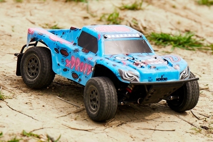 xdroid-connected-rc-cars-1