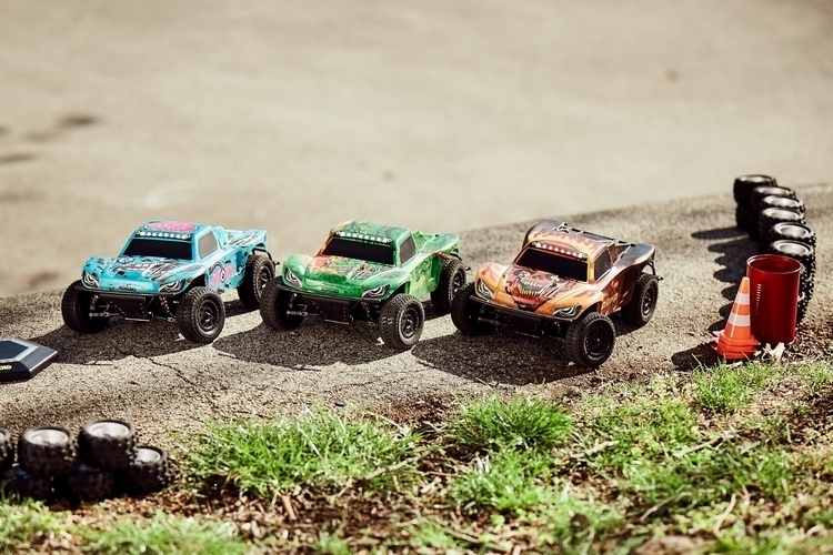 xdroid-connected-rc-cars-2