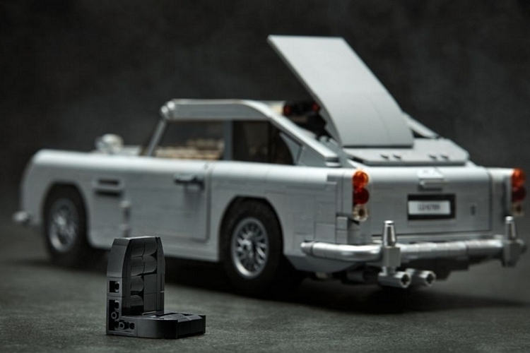 LEGO-creator-expert-james-bond-aston-martin-db5-3