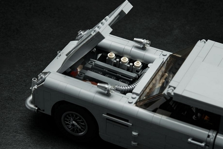 LEGO-creator-expert-james-bond-aston-martin-db5-4