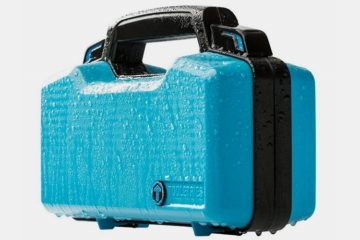tooletries-hard-case-toiletry-bag-1