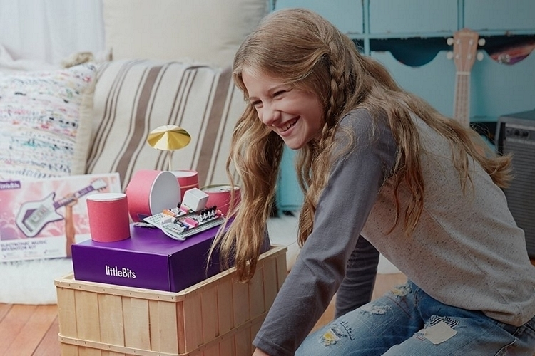 littlebits-electronic-music-inventor-kit-2