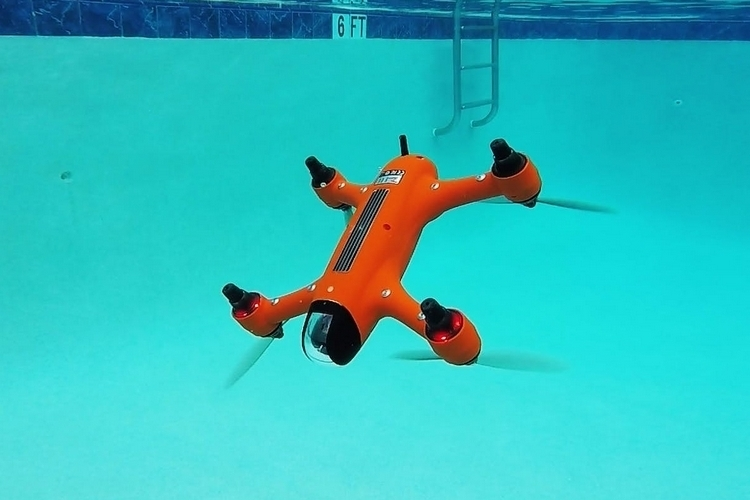 swellpro-spry-waterproof-drone-4