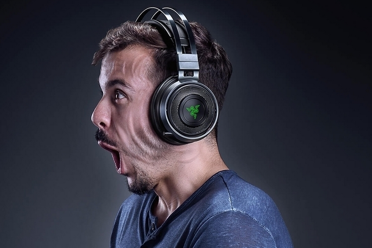 razer-navi-wireless-rumble-headphones-3