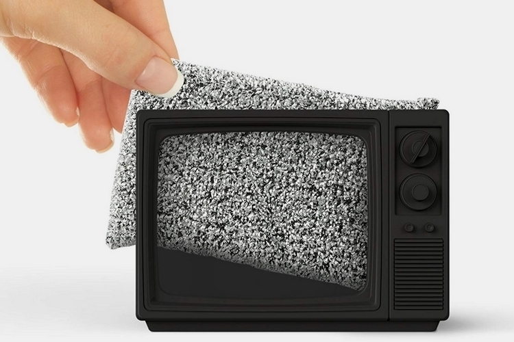 static-clean-tv-sponge-holder-1