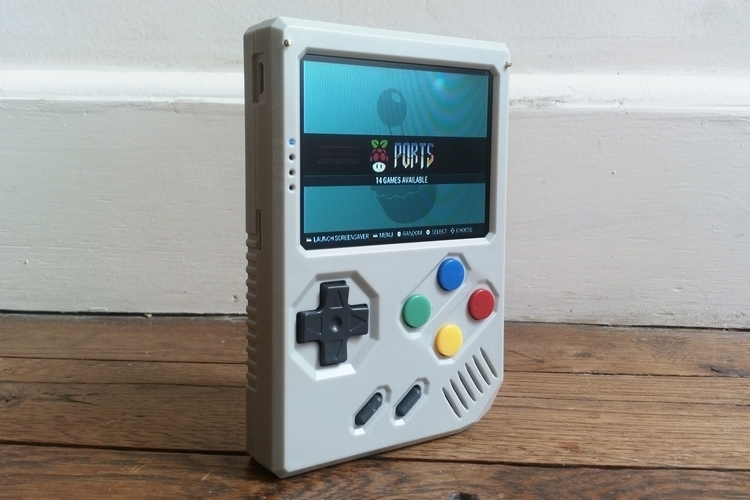 8bcraft-retrostone-handheld-game-emulator-1