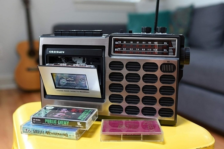 crosley-ct100a-cassette-radio-4