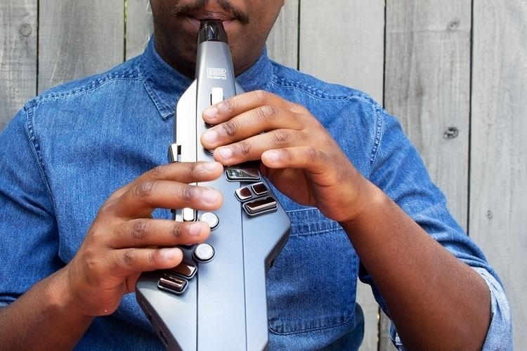 roland-aerophone-go-electronic-sax-3