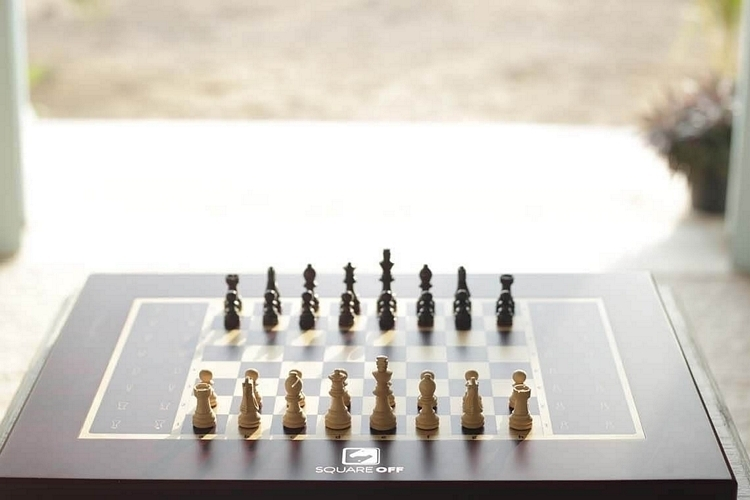 square-off-chess-set-4