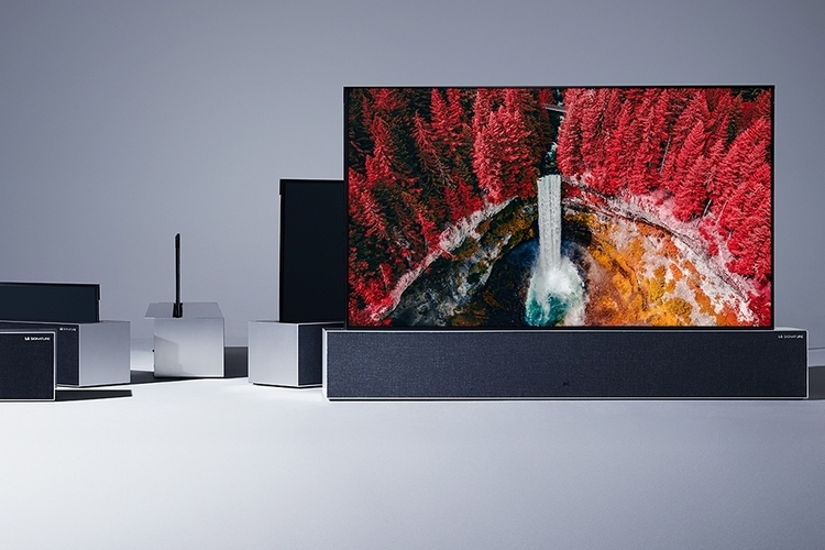 LG-signature-OLED-TV-R