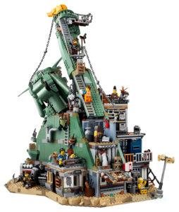 lego-movie-2-set-70840-welcome-to-apocalypseburg-1