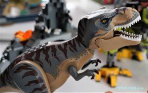 LEGO-75938-T-rex-vs-Dino-Mech-Battle-3