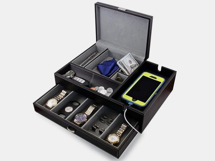 houndsbay-admiral-valet-box-1