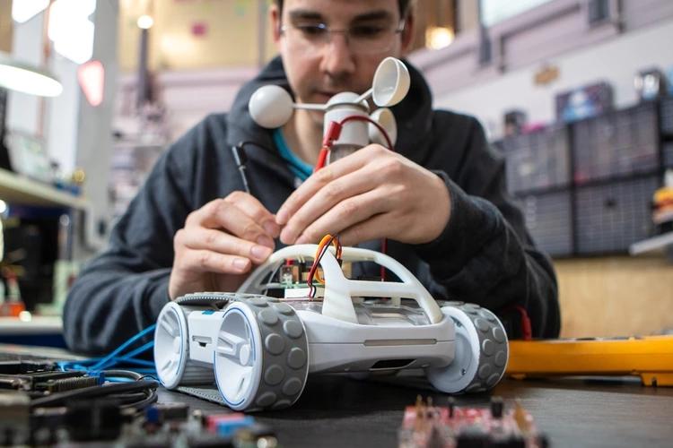 sphero-RVR-rover-robot-3