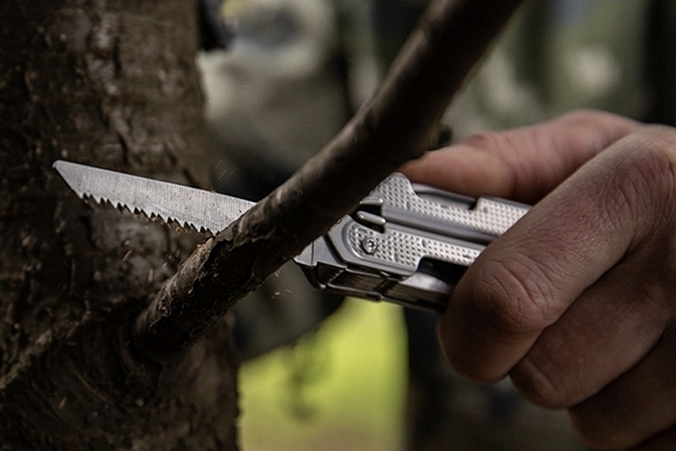 leatherman-free-pr-multi-tool-4
