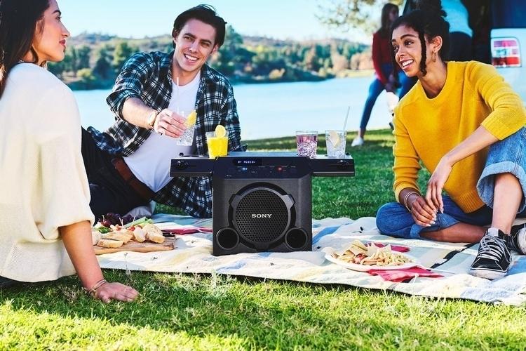 sony-gtk-pg10-outdoor-speaker-2