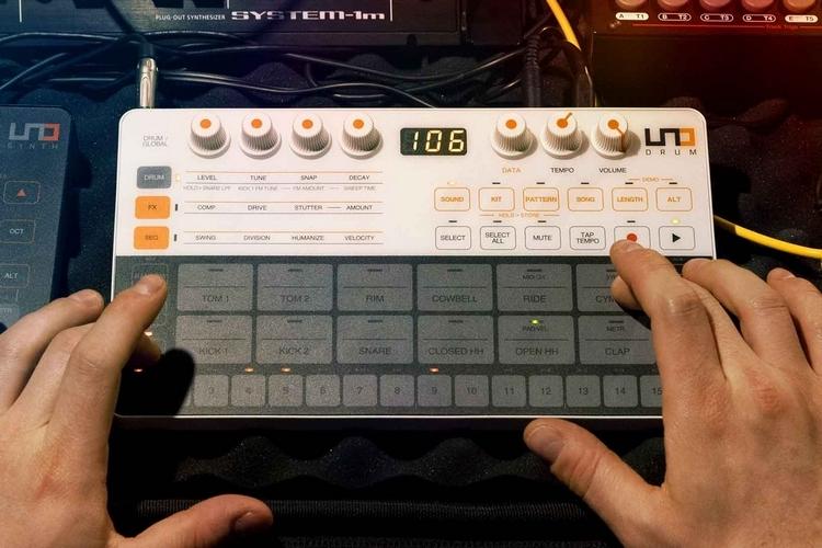 ik-multimedia-uno-drum-2