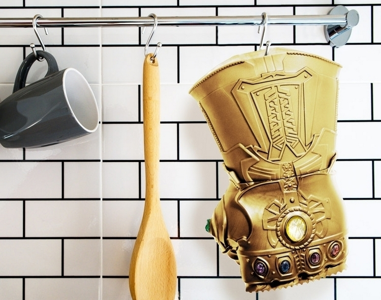 infinity-gauntlet-meat-tenderizer-3