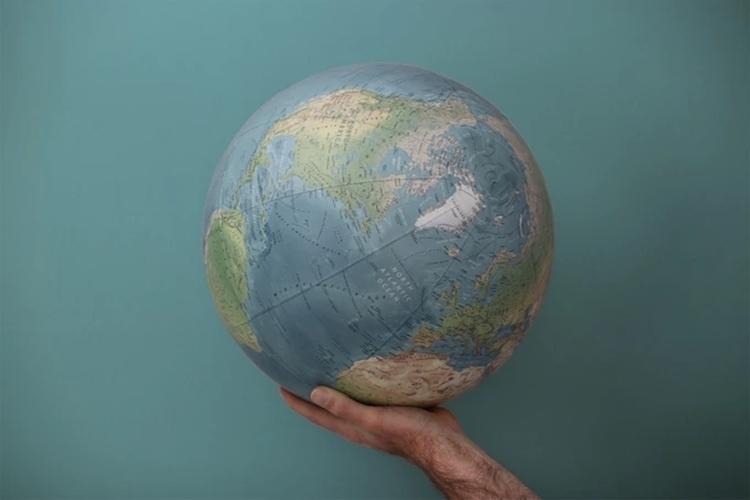acme-globes-1