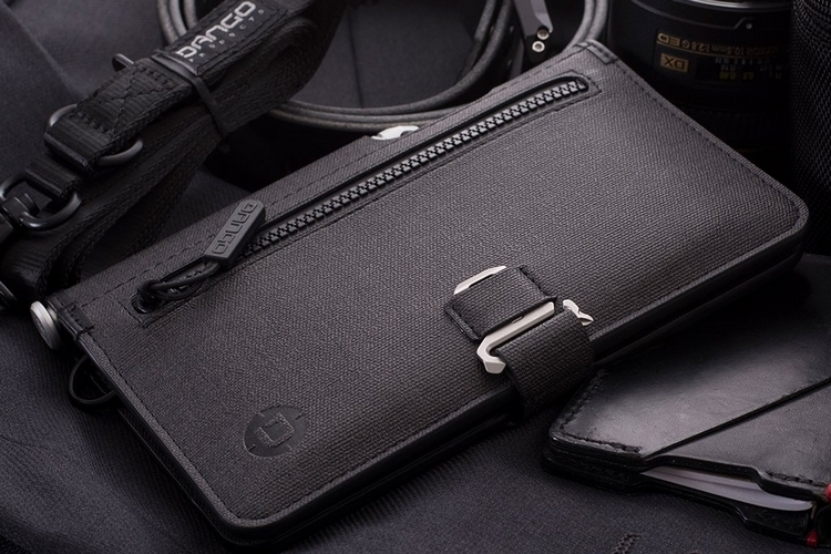 dango-p02-pioneer-travel-wallet-1