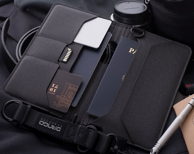 dango-p02-pioneer-travel-wallet-2