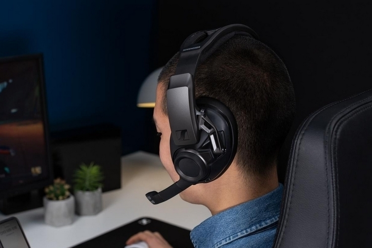 sennheiser-gsp-670-wireless-gaming-headset-4