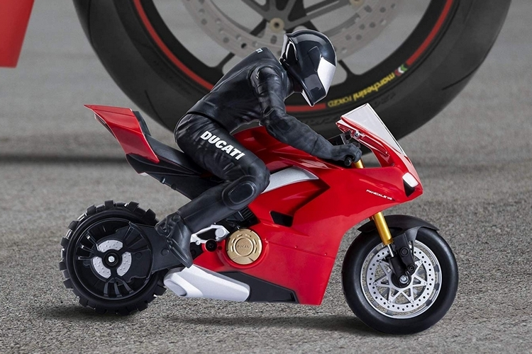 spin-master-upriser-ducati-panigale-rc-4