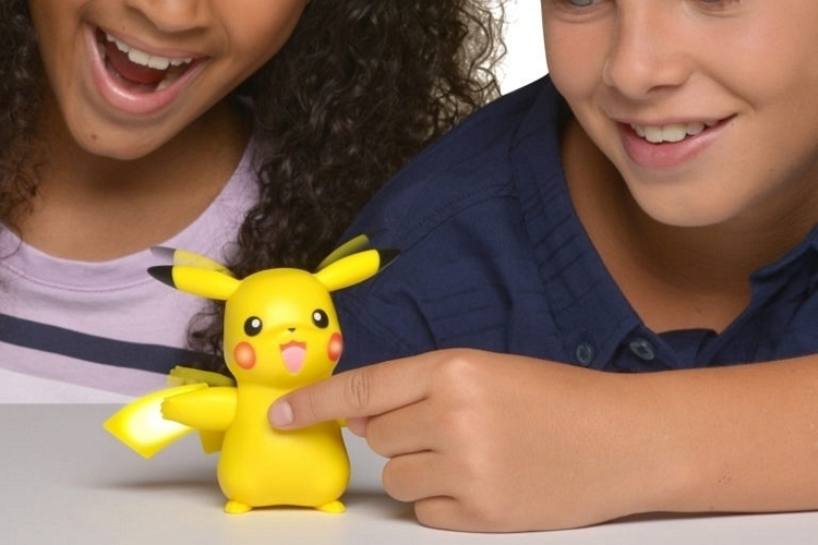 02-cool-toys-wicked-cool-toys-partner-pikachu