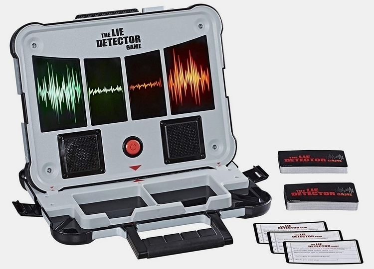 06-cool-toys-hasbro-lie-detector-game