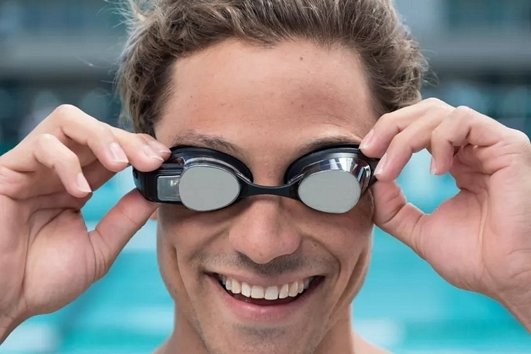 form-swim-goggles-3