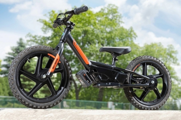 harley-davidson-irone-electric-balance-bike-1