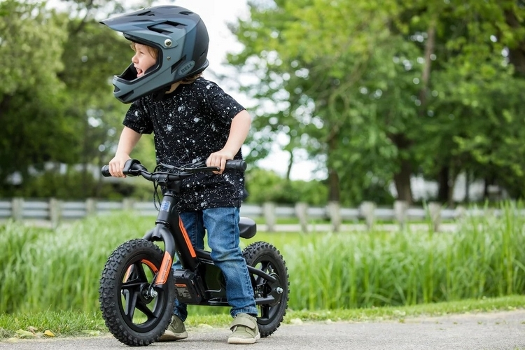 harley-davidson-irone-electric-balance-bike-4