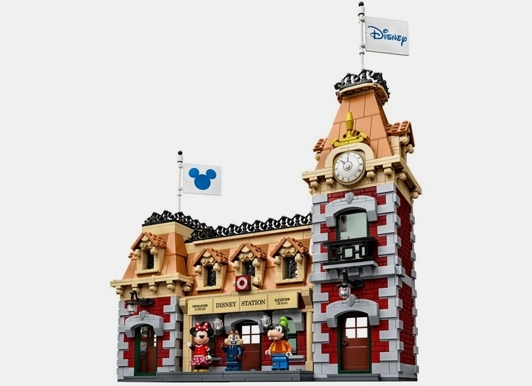 lego-disney-train-and-station-3