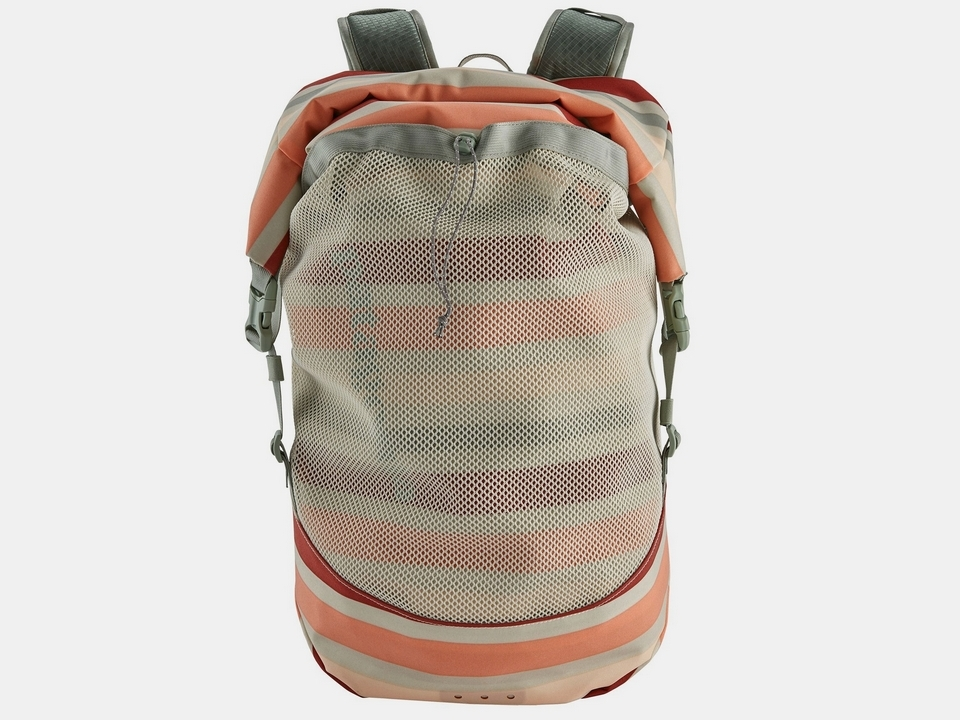 patagonia-planing-roll-top-backpack-2